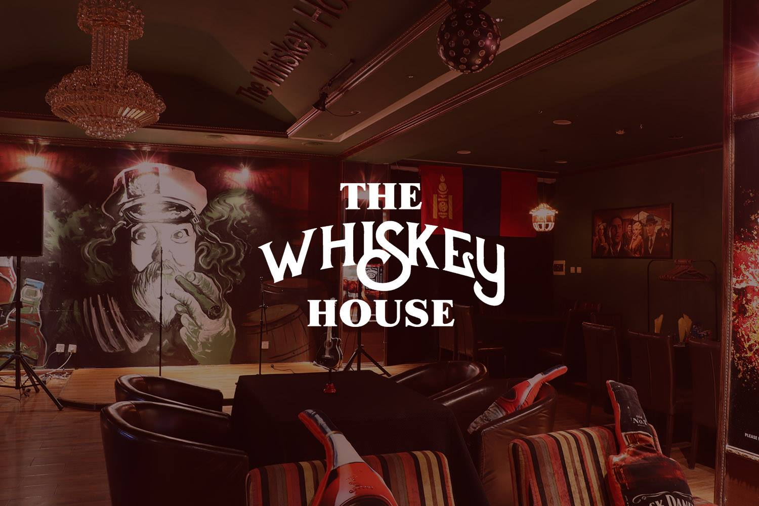 The wiskey house-min